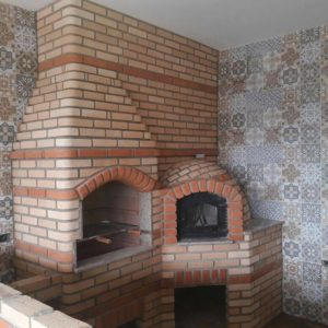 Forno de pizza e Churrasqueira